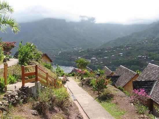 Hanakee Hiva Oa Pearl Lodge : vue sur la montagne