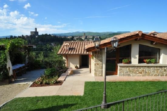 Poppi, Italy: Albergo La Torricella - Vista