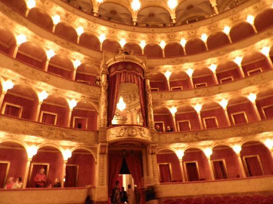 Teatro dell'Opera di Roma: palcos del teatro