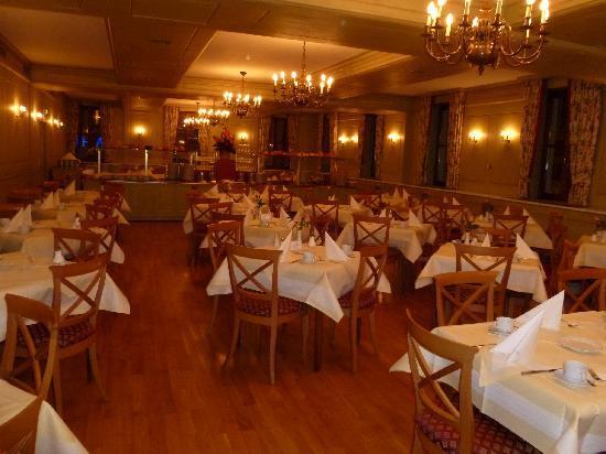 Platzl Hotel: Breakfast room - so nice!