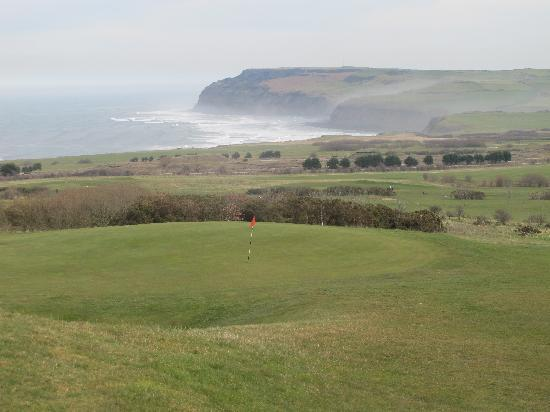 Hunley Hotel and Golf Club: View of the course from the hotel