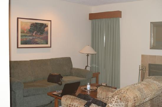 Riviera Oaks Resorts: Living Area