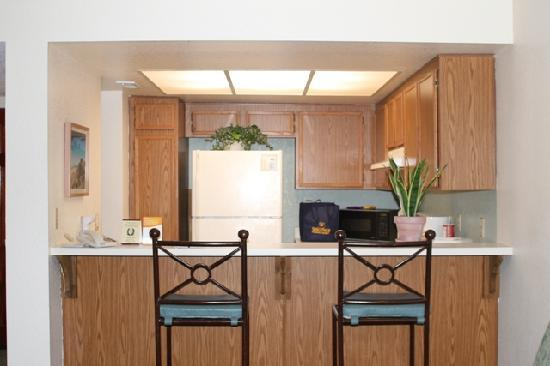Riviera Oaks Resorts : Full Kitchen