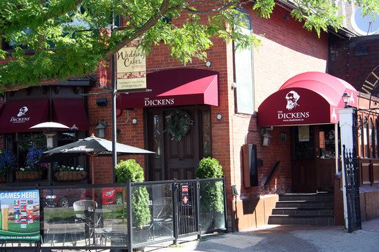 Dickens Pub