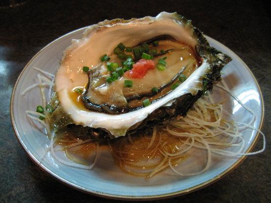 Maruya : Huge oyster