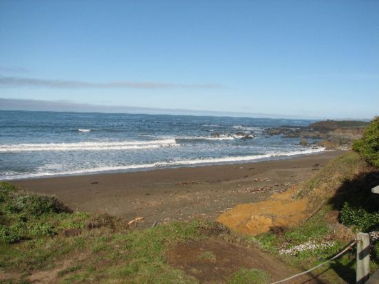Cambria, CA: Moonstone Beach