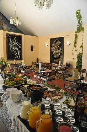 Ipe Tombe Guest Lodge: Good Food
