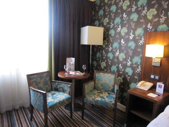 Leopold Hotel Antwerp: 部屋内部2