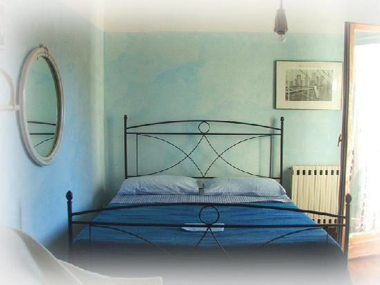 Villa La Ginestra Bed & Breakfast: Camera matrimoniale