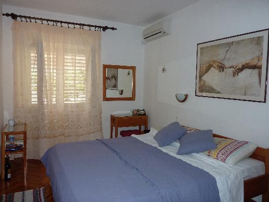 House Gordana: a lovely room on the ground floor