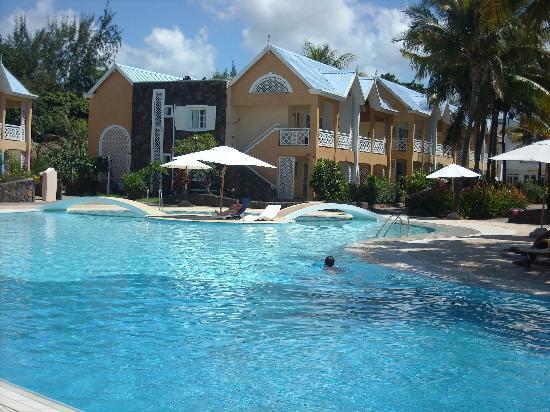 Calodyne Hotel: piscina