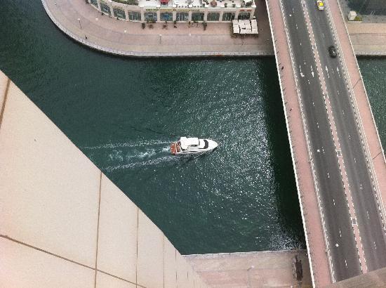 Dusit Residence Dubai Marina : 27th floor