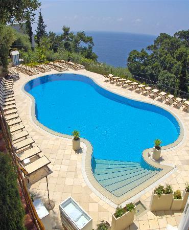 Hotel La Vega: La piscina vista mare
