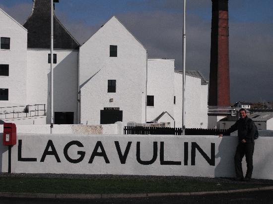 Oystercatcher Bed & Breakfast : Lagavulin distillery