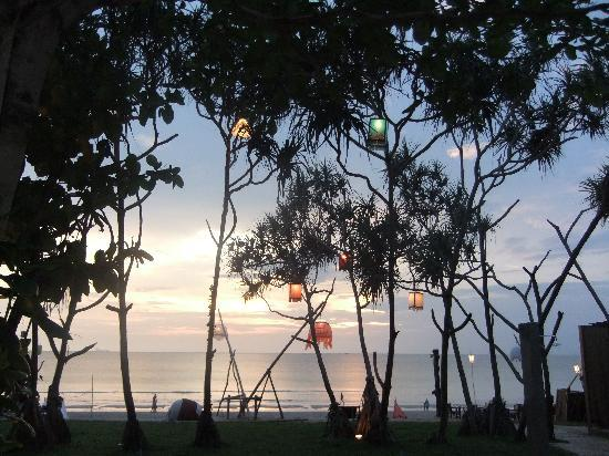 Anda Lay Boutique Resort: The view from our room in the evening
