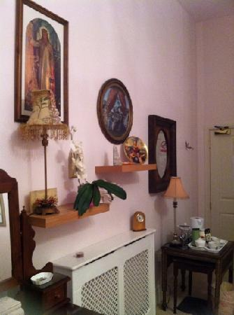 Magdalene House Guest Accommodation: Tea Tray In Church View Room