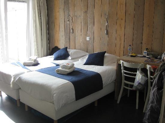 Hotel Aan Zee: Room