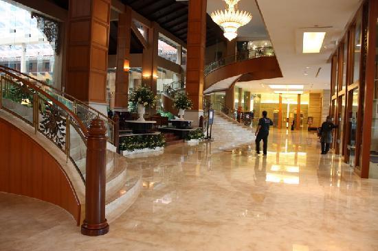 The Royale Chulan Kuala Lumpur: Lobby