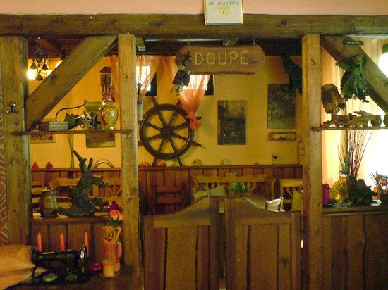Restaurace U Eriky : saloon