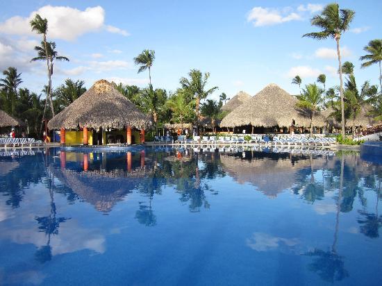Grand Bahia Principe Bavaro : piscina