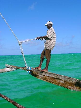 Spice Island Hotel & Resort Zanzibar: Segeln auf dem Auslegerboot