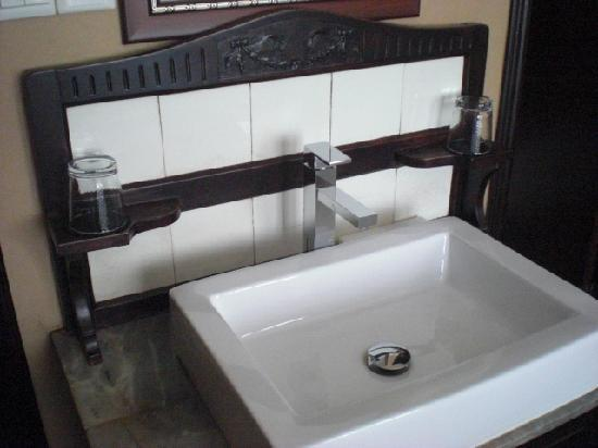 Kejiantang Boutique Hotel: sink