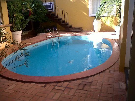 La Chimere : piscina