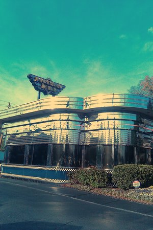 Buckhead Diner : Looks like any other diner from the outside