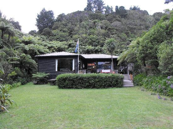 Tawa Cove Lodge/ D B&B: Tawa Cove B&B