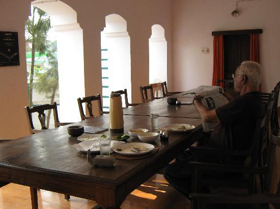 Z Hotel: dining room for bonding over meals