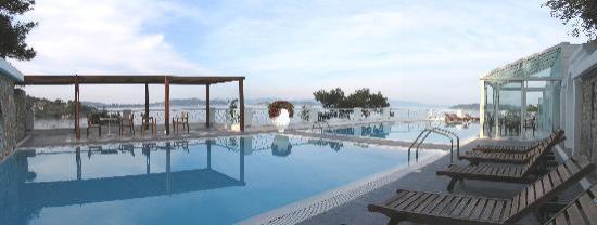 Cape Kanapitsa Hotel & Suites: Cape Kanapitsa Pool