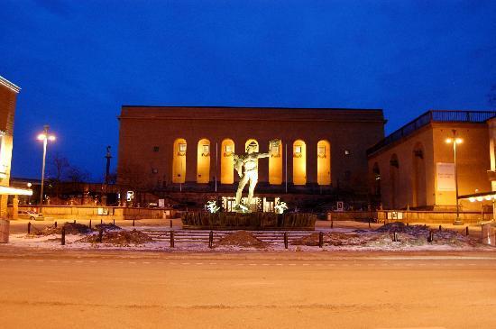 Museum of Fine Art (Goteborgs Konstmuseum): Gotaplatsen