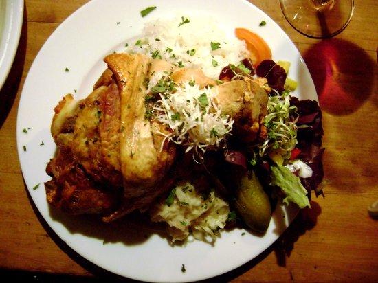 Keller-Restaurant Im Brecht-JHaus-Berlin : Portata di carne