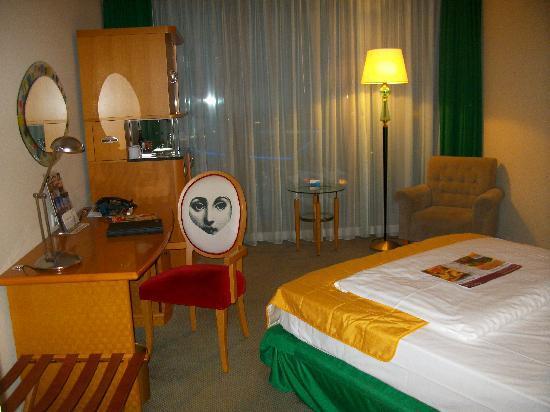 Radisson Blu Hotel, Hannover: RadissonBlu Zimmer