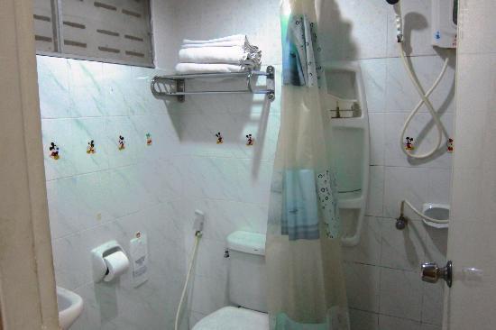 Lamai Apartment: no frills toilet but bring your own toiletries