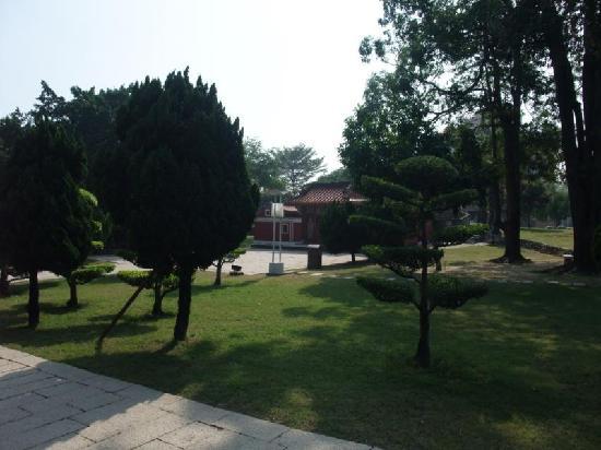 Wufei Temple: 五妃廟9
