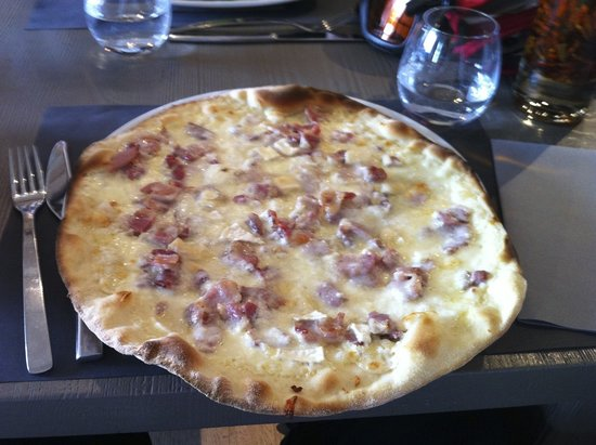 Les Tufs Pizza