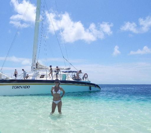 Posadas La Plaza & Las Palmeras: catamaran de lta