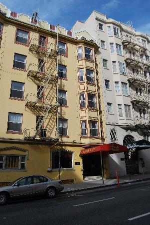 Layne Hotel: Extérieur de l'hôtel