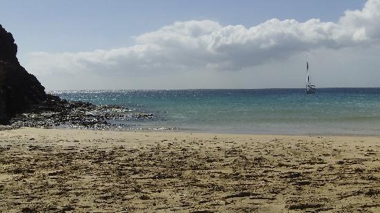 Playa de Papagayo: Playa Papagayo vista dalla spiaggia