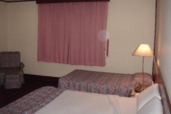 جراندي فيلي هوتل: ベッド