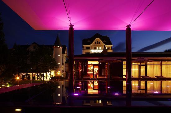 Park Weggis: Sparkling Pool