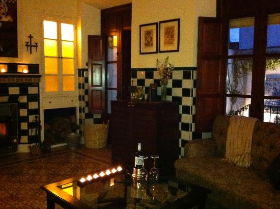 La Casa Noble: There is nothing more indulgent than a fireplace, the glow of candlelight, a glass of Spanish re