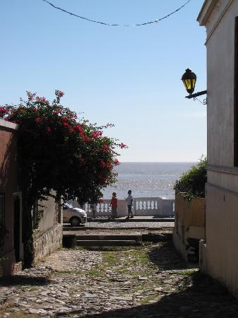 Colonia del Sacramento, Uruguay: Otro rincón encantador / Another charming place