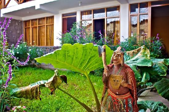 Hostal Los Andenes: El Jardin
