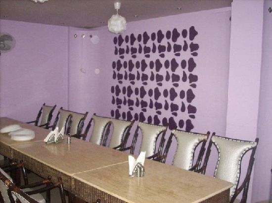 Spicy Tadka: Family Room