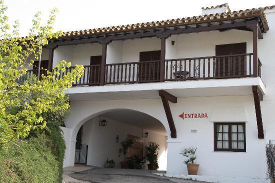 Hotel Las Truchas: Exterior
