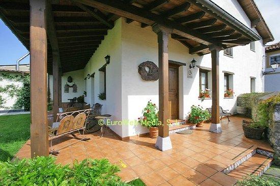 Casa de aldea Los Duesos: Entrada por el porche