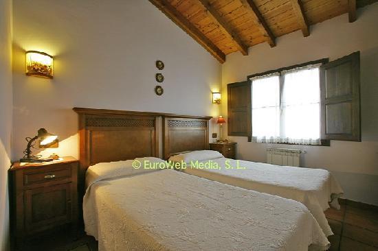 Casa de aldea Los Duesos: detalle de una habitación