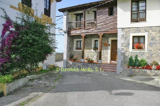 Casa de aldea Los Duesos: entrada principal